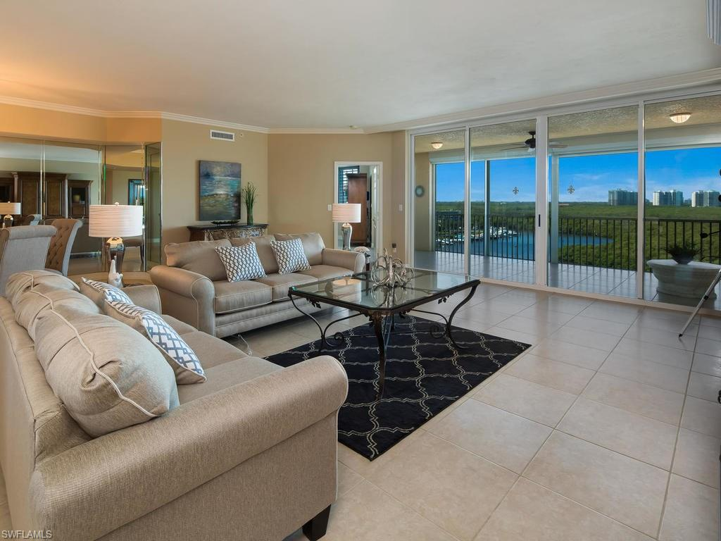 425 Dockside DR 902, NAPLES, FL 34110