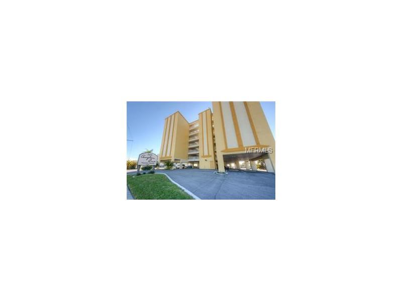 17450 GULF BOULEVARD 203, REDINGTON SHORES, FL 33708