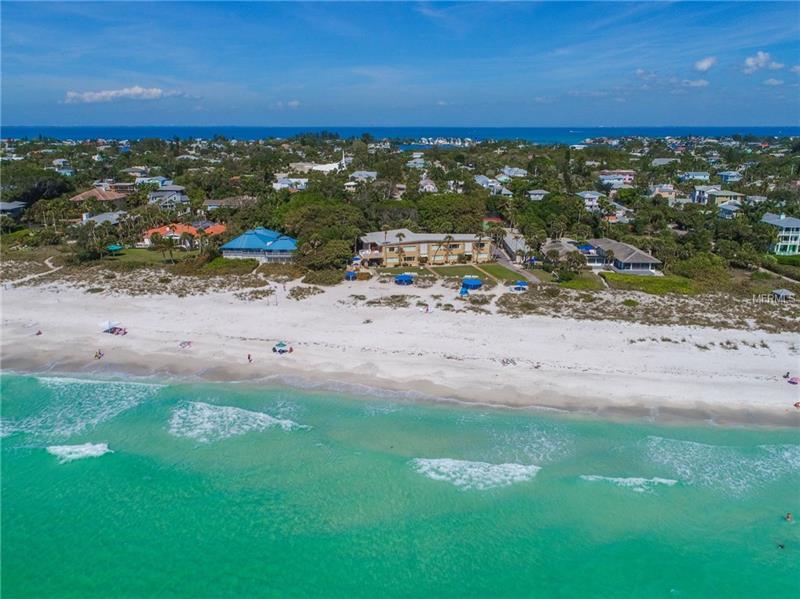 105 WHITE AVENUE, HOLMES BEACH, FL 34217
