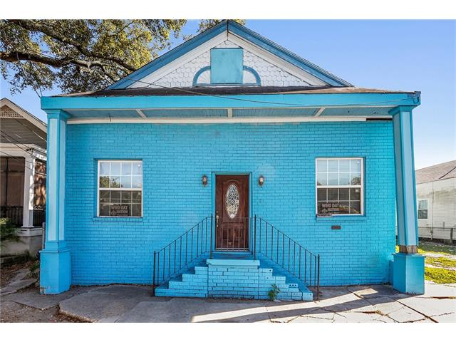 4222 S CARROLLTON Avenue, New Orleans, LA 70119