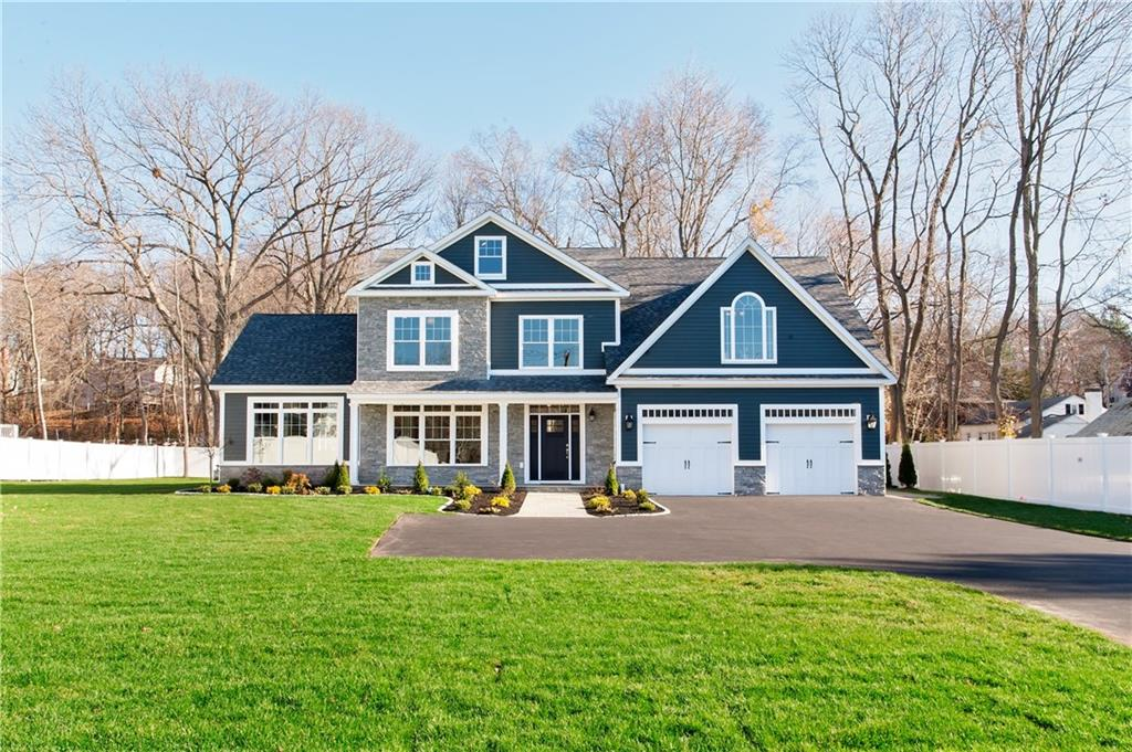 2095 Whitney Avenue, North Haven, CT 06473