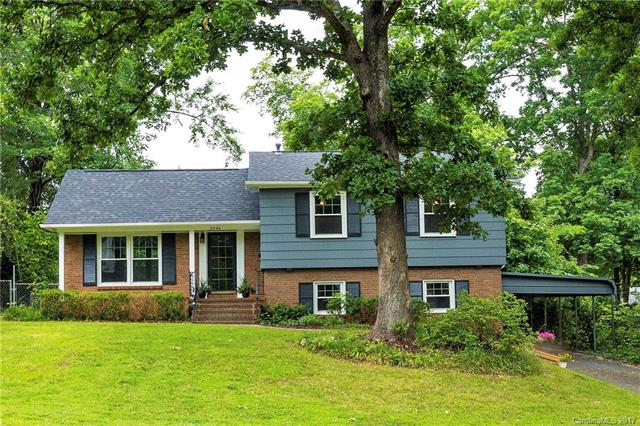 7324 Thorncliff Drive, Charlotte, NC 28210