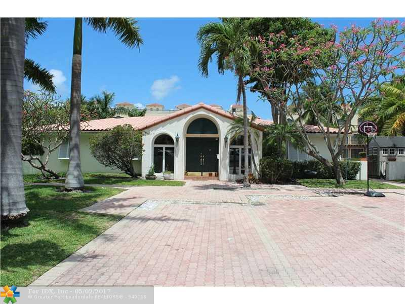 100 Circle Dr, Pompano Beach, FL 33062