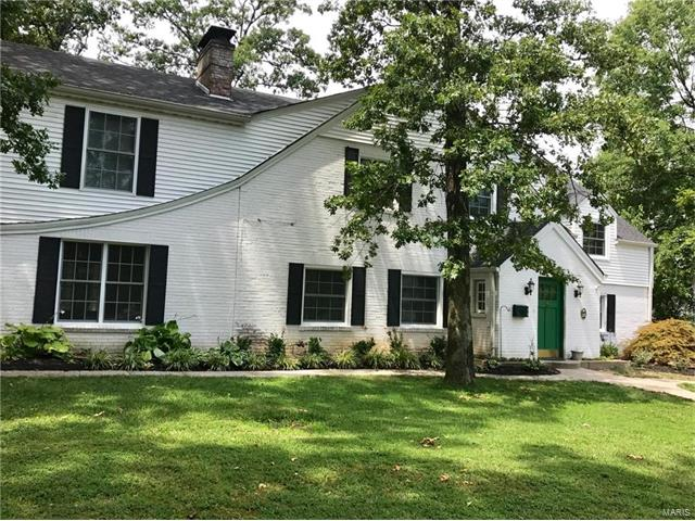 23 Middlesex Drive, St Louis, MO 63144