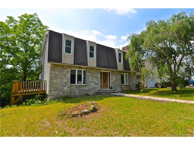 165 Mount Pleasant St, Derby, CT 06418