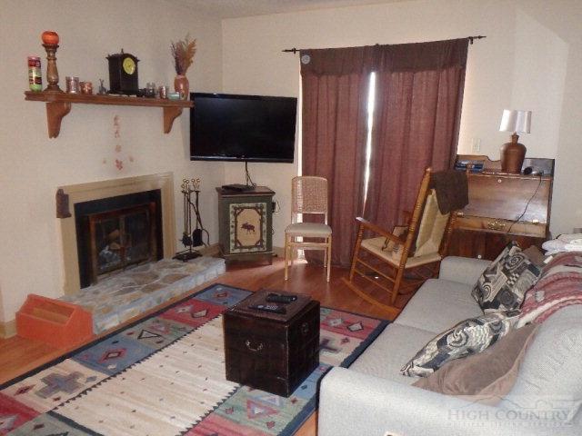 1301 301 Pinnacle Inn Road, Beech Mountain, NC 28604