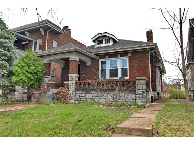 6131 Dewey Avenue, St Louis, MO 63116