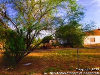 109 Nueces St., Cotulla, TX 78014