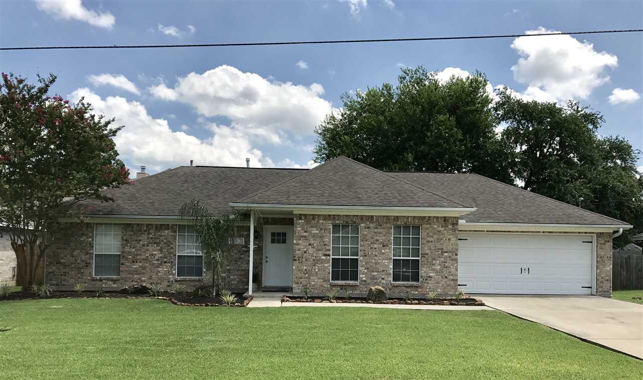 5420 Main, Groves, TX 77619