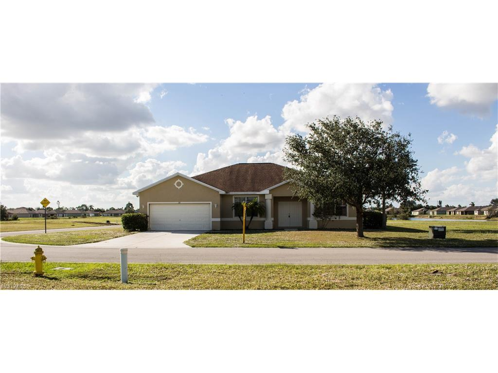 132 Shadow Lakes DR, LEHIGH ACRES, FL 33974