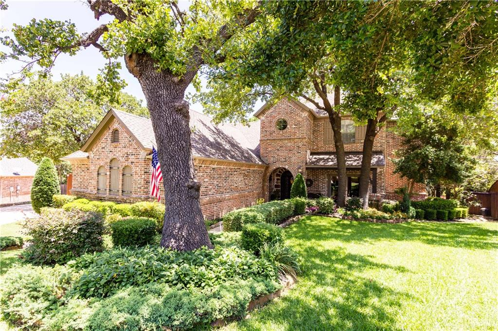 2801 Crestridge Court, Grapevine, TX 76051