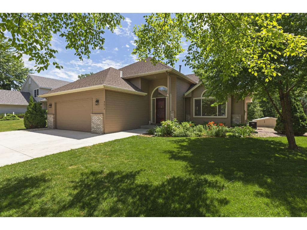 4573 River Bend Place, Savage, MN 55378