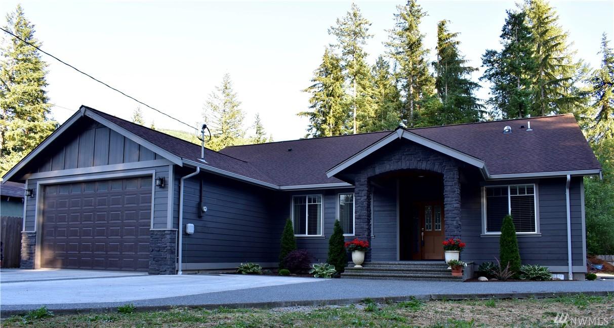 8341 Holly Lane, Maple Falls, WA 98266
