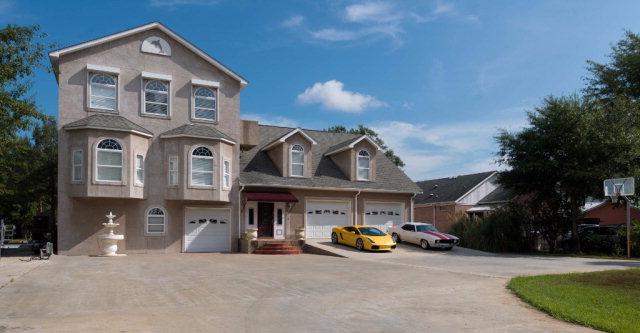 650 W Canal Drive, Gulf Shores, AL 36542