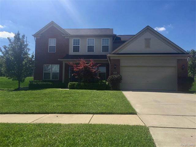 4950 Catalina DR, Orion Twp, MI 48359