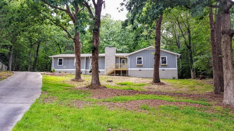1463 West Lake Drive, Gainesville, GA 30501