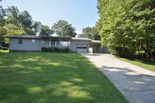 886 Cat Creek Rd., Franklin, NC 28734