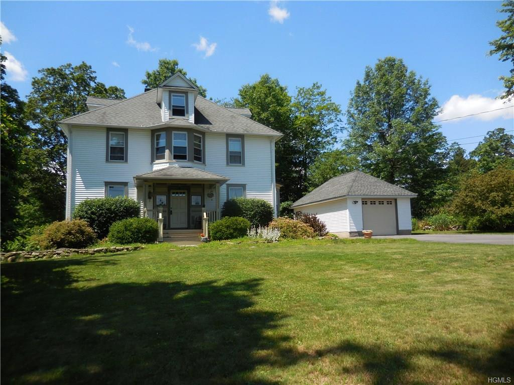 165 Round Hill Road, Blooming Grove, NY 10914