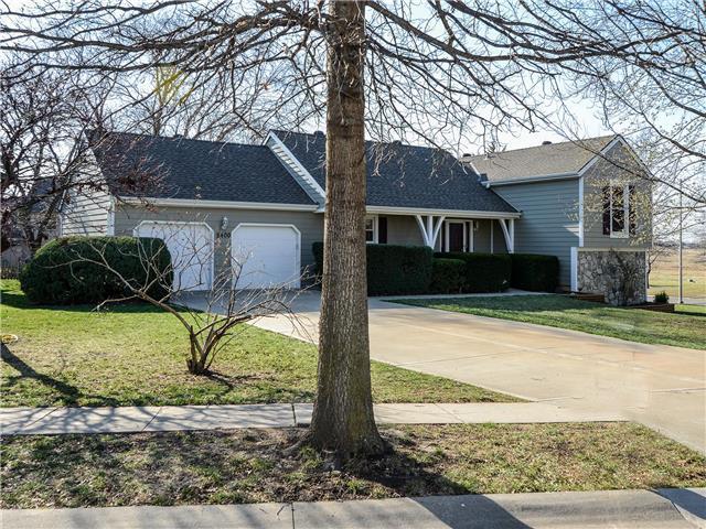5400 MCCOY Street, Shawnee, KS 66226