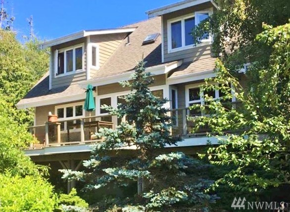 2233 Cook Ave, Port Townsend, WA 98368