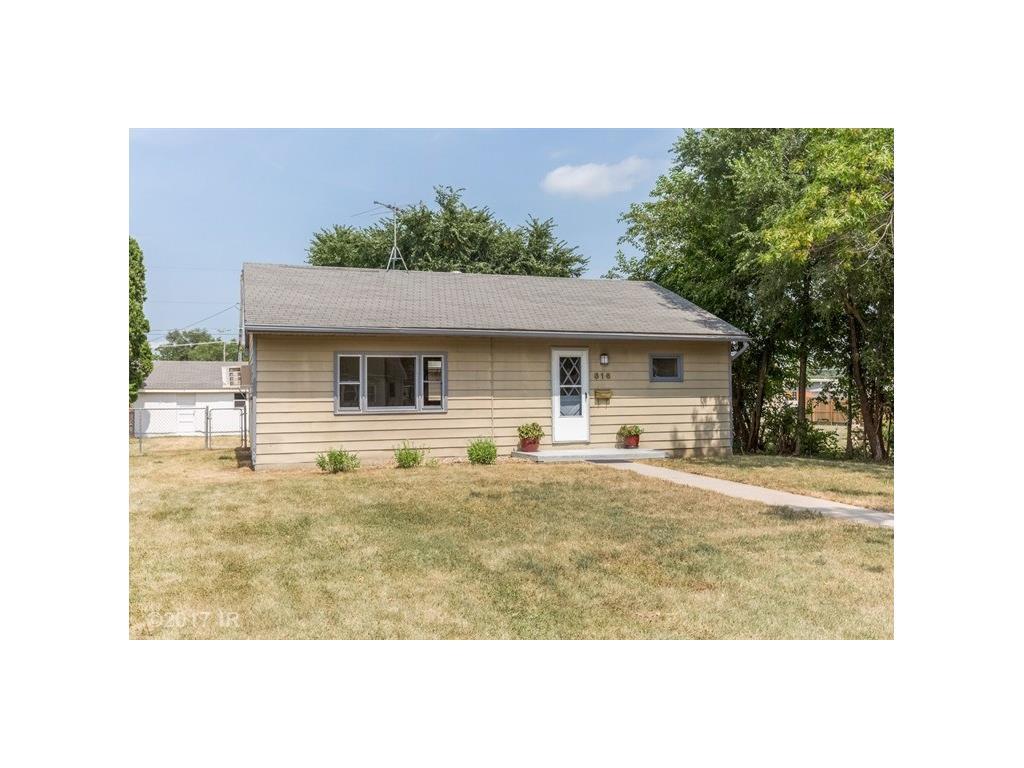 816 Cottage Street, Adel, IA 50003