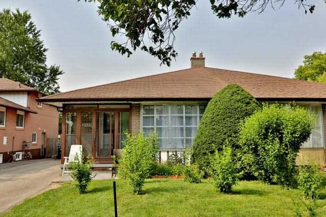 2535 Padstow Cres, Mississauga, ON L5J 2G2