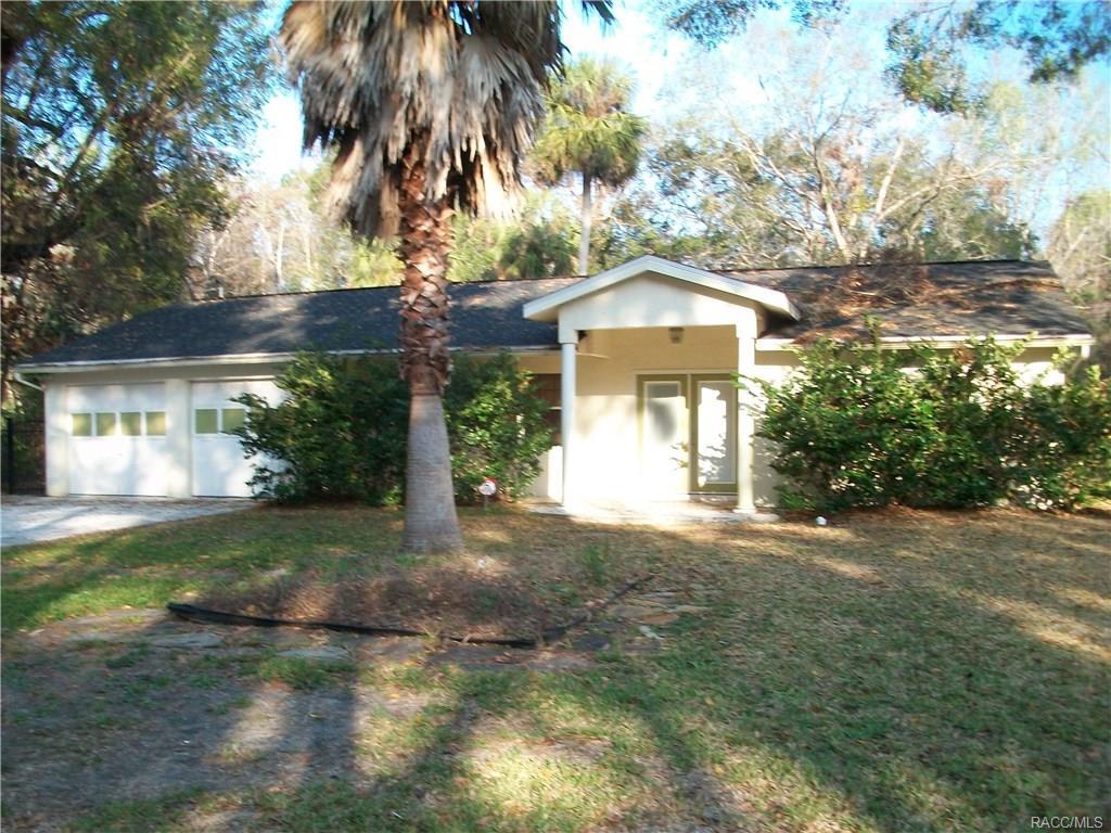 779 N Palm Springs Terrace, Crystal River, FL 34429