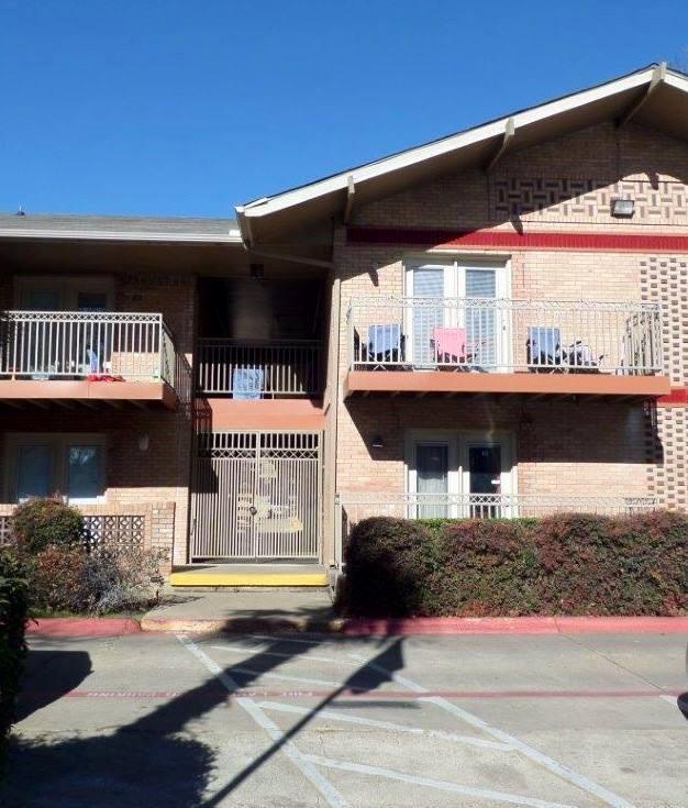 6127 Gaston Avenue F, Dallas, TX 75214