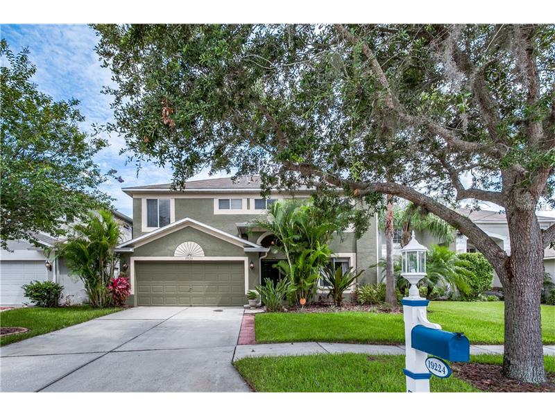 19224 FISHERMANS BEND DRIVE, LUTZ, FL 33558