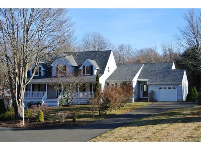 214 N Georges Hill Rd, Southbury, CT