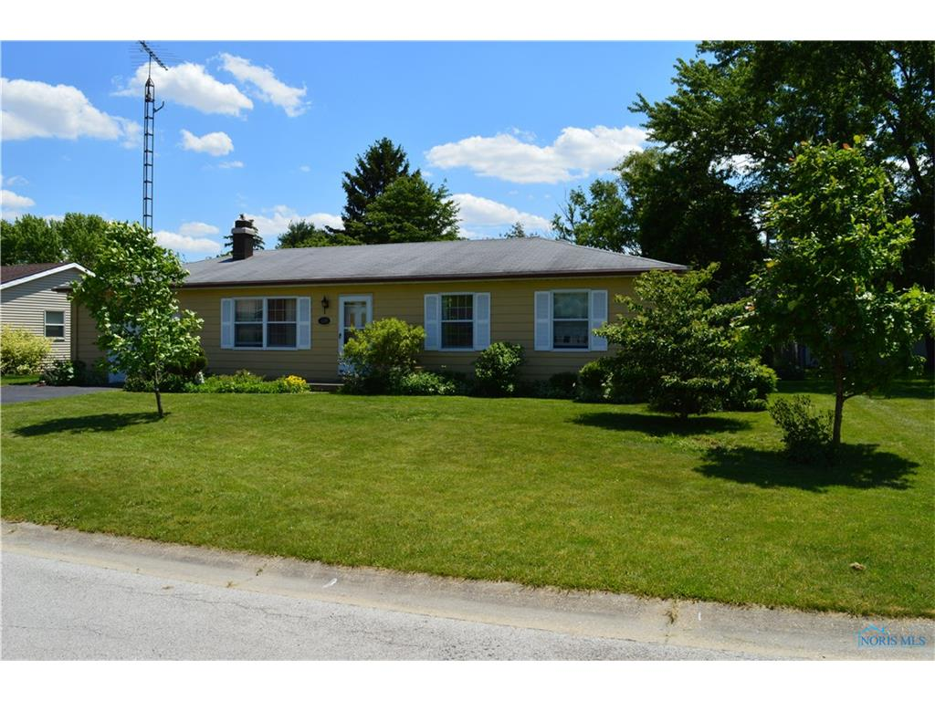 124 Marshall Avenue, Pemberville, OH 43450