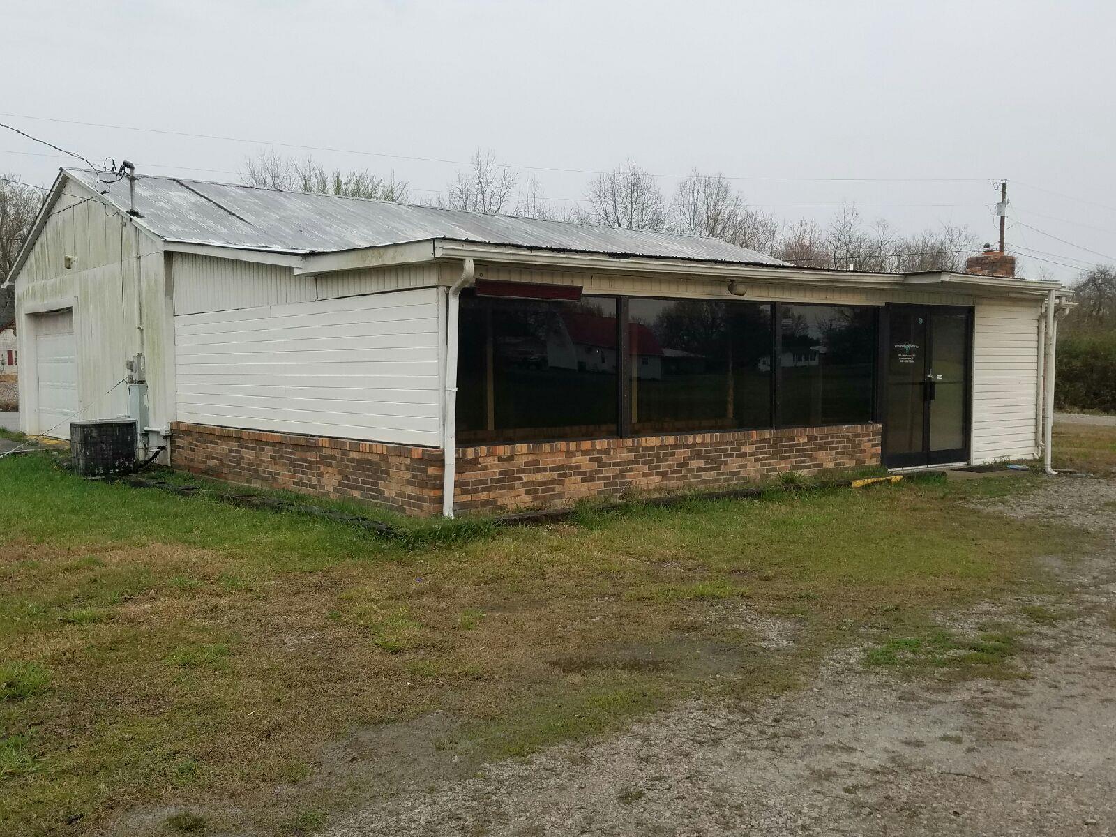 56 Highway 20, Summertown, TN 38483