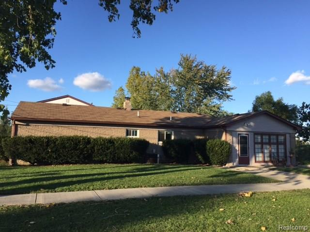 30100 GROVELAND Street, Madison Heights, MI 48071