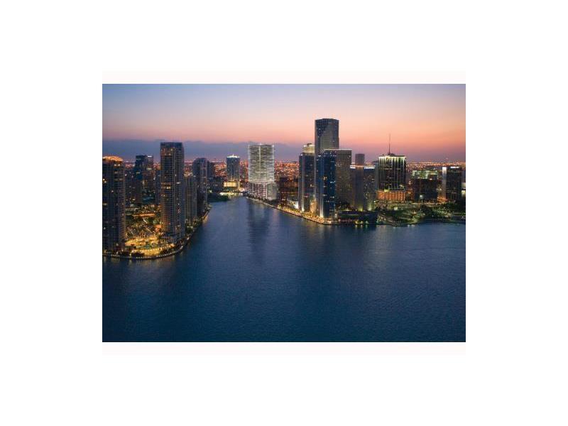 200 Biscayne Boulevard W 4909, Miami, FL 33131
