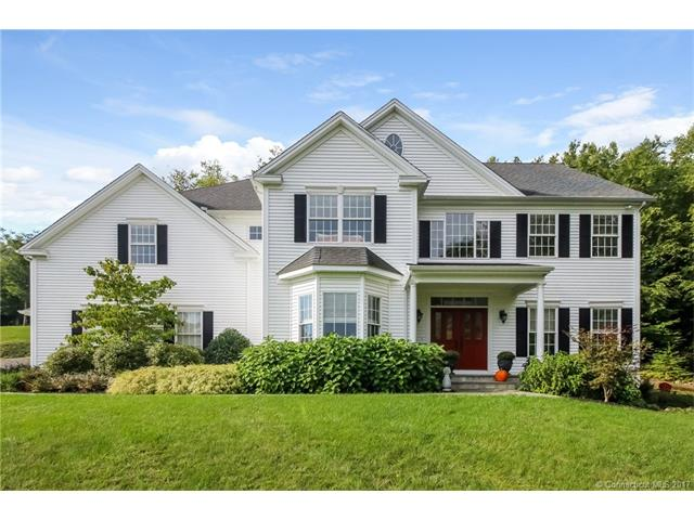 108 Country Woods Ln, Southbury, CT 06488