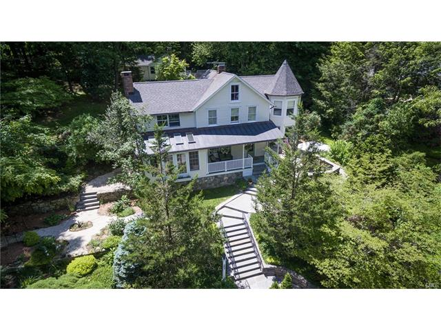 207 Mill Road, New Canaan, CT 06840