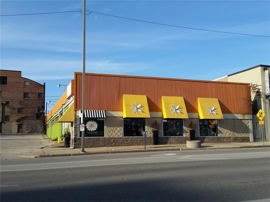 712 3rd Avenue SE, Cedar Rapids, IA 52401