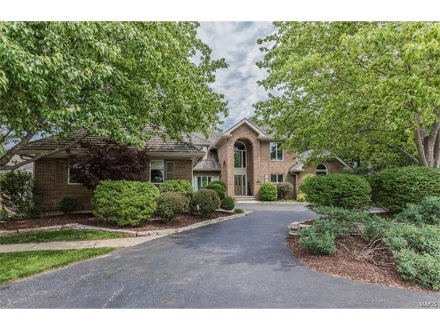 12707 Alswell Lane, Sunset Hills, MO 63128