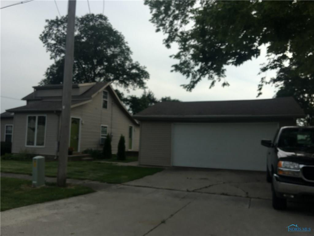 17539 Beach Street, Grand Rapids, OH 43522