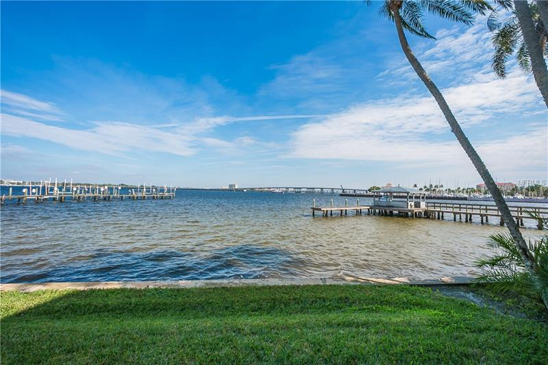 1608 POINT PLEASANT AVENUE W, BRADENTON, FL 34205