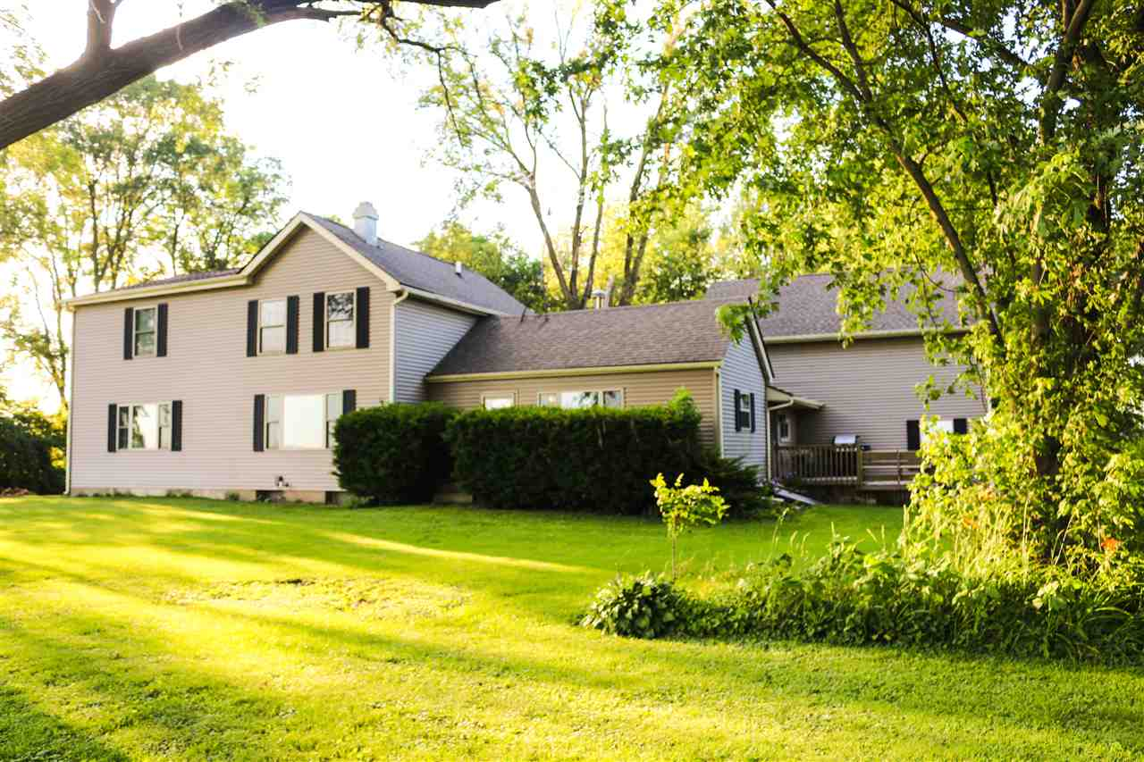 4762 CENTERVILLE Road, POPLAR GROVE, IL 61065