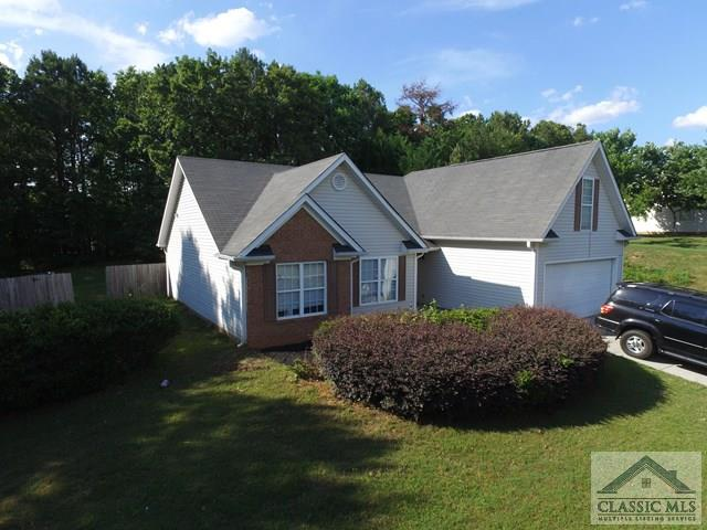 317 River Landing Dr, Monroe, GA 30656