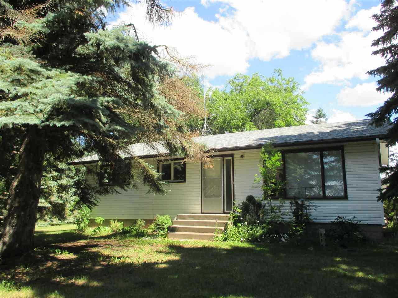 21141 9 Avenue SW, Edmonton, AB T6M 2P9