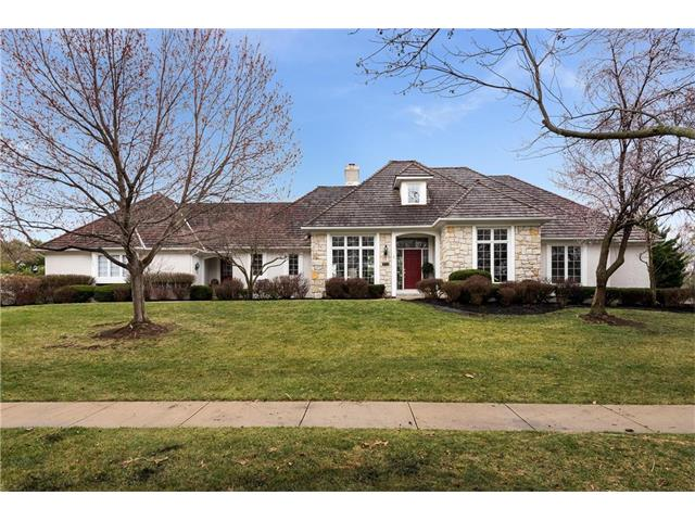 2245 W 118th Terrace, Leawood, KS 66211