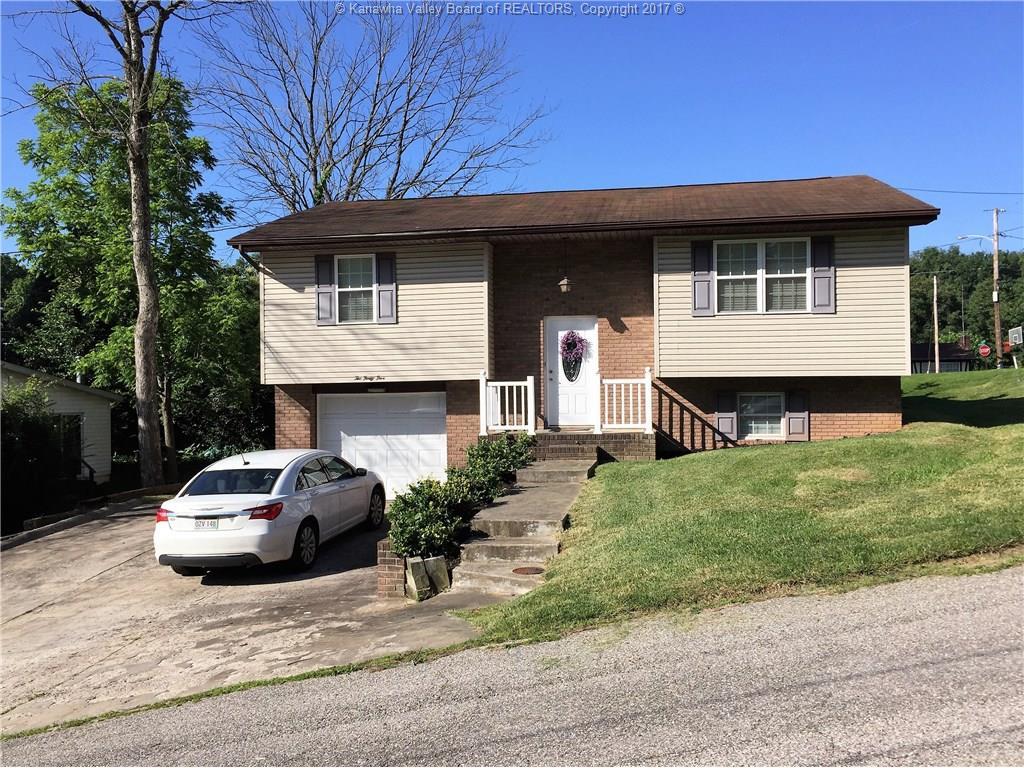 245 Pine Circle, Dunbar, WV 25064