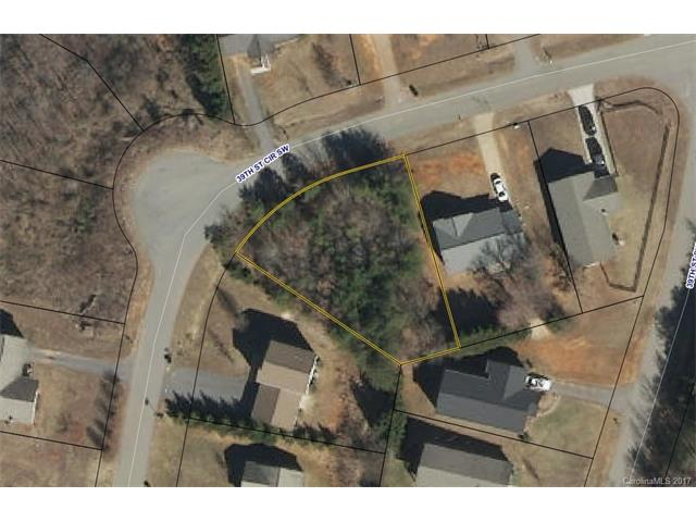 1225 39th St Circle SW 24, Hickory, NC 28602