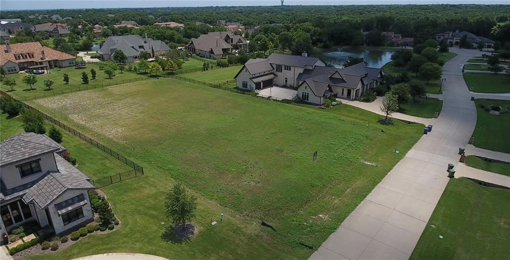 910 Foxglove Trail, Fairview, TX 75069