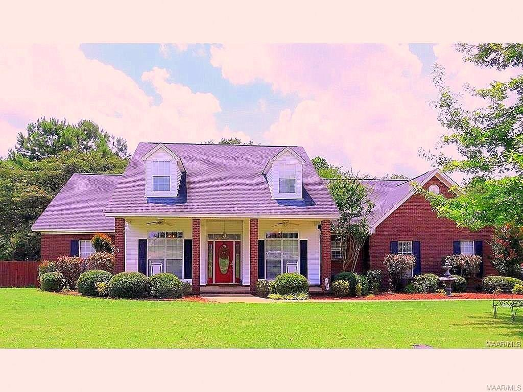 60 Copper Ridge Court, Deatsville, AL 36022