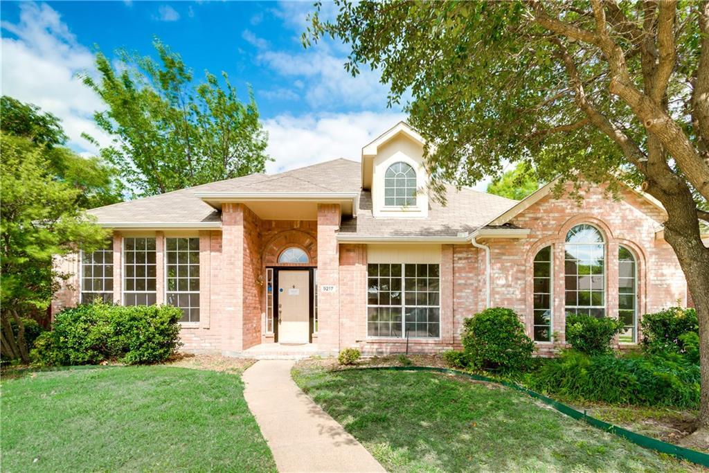9217 Briarcrest Drive, Rowlett, TX 75089