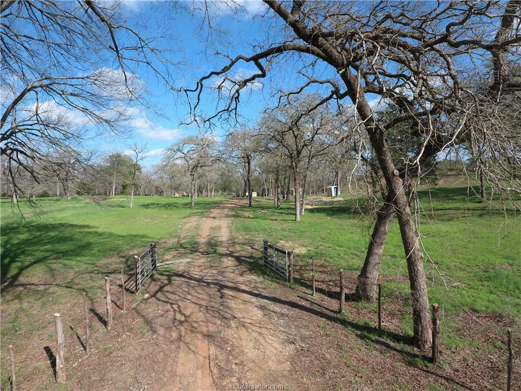 10157 County Road 313, Caldwell, TX 77836